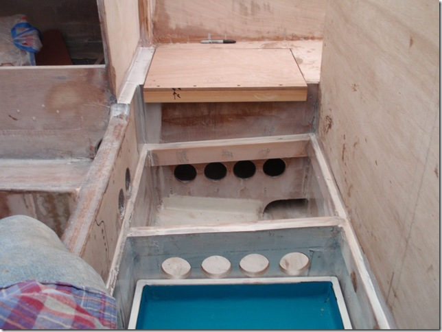 Tray and vent holes